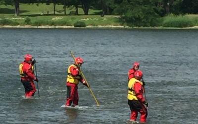 Búsqueda de niño desaparecido en Río Kankakee