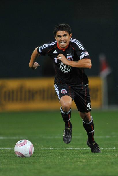 En la joven MLS, el máximo anotador es Jaime Moreno, quien entre...
