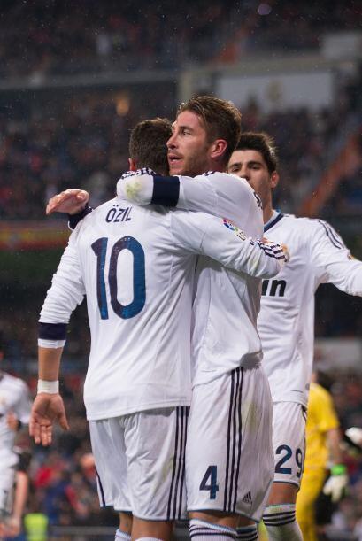 Sergio Ramos se incorporó al ataque y marcó con su sello p...