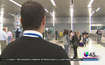 Aeropuertos en Houston redoblan vigilancia tras atentados en Bruselas