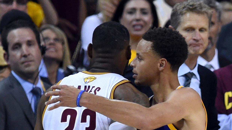 Curry lideró a los Warriors al título de la NBA en una final contra Jame...