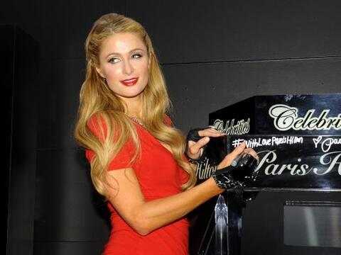 Paris Hilton se encuentra de gira para promocionar su nueva fragancia &q...