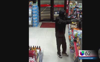 Víctima de robo en Austin narra el terror que sintió al ver al ladrón ar...