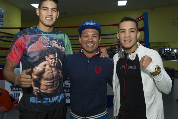 """Ambos mostraron sus armas en un entrenamiento ante la prensa, Gilberto """"..."""