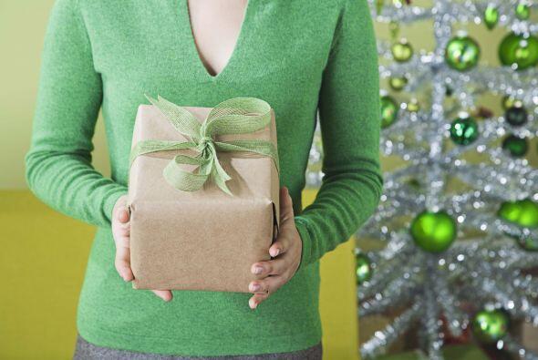 En las cajas de regalo puede crear tus propias secciones para guardar la...