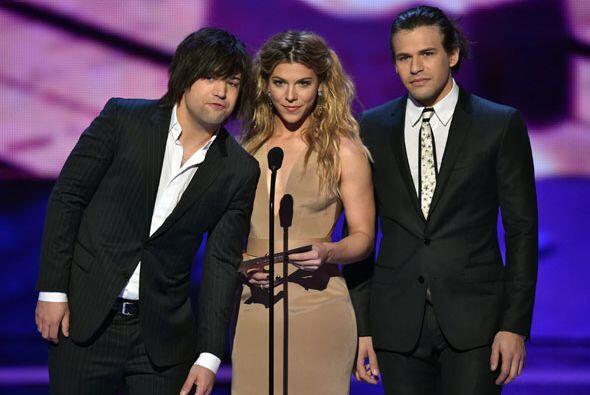 The Band Perry fueron los indicados para presentar la terna de Cantante...