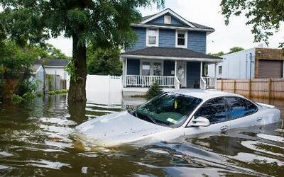 Lluvias en el noreste de los Estados Unidos han generado una catarata de...