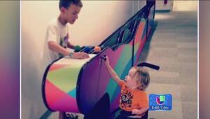 ¡La discapacidad de un niño no impidió que lo invitaran a jugar!