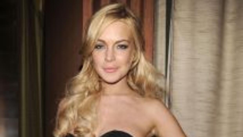 Lindsay Lohan durante su participación en la inaguguración de una tienda...