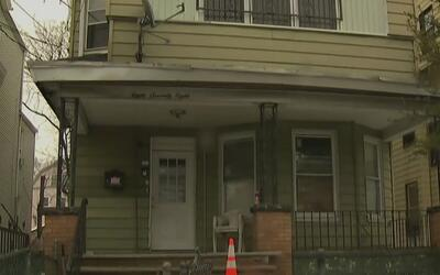 Un niño de 10 años muere en un tiroteo en una casa en Newark