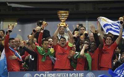 El París Saint Germain ganó la Copa de la Liga de Francia con goleada so...