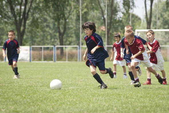 Si de varones se trata, los deportes en equipo suelen ser un buen empuj&...