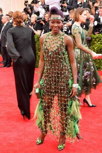 Lupita Nyong'o pintaba para ser una de las mejores vestidas del año, has...