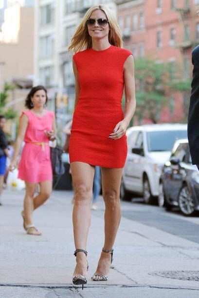 La ex modelo también captó las miradas de las mujeres que la veían pasar...