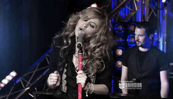 Paulina Rubio llegó Brava! a InStudio
