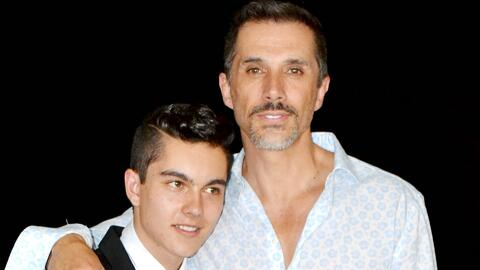 Feliz abuelo joven: Sergio Mayer nos dio detalles del nacimiento de su n...