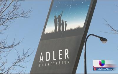 Ofrecen descuentos para visitar el Planetario Adler