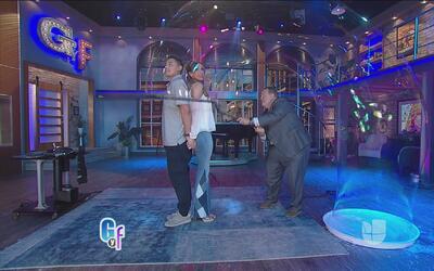 Raúl de Molina demostró que tiene muchos talentos ocultos y uno es 'bubb...