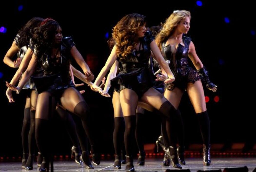 Beyoncé dio gala de su gran voz con un magnífico show sexi en el medio t...