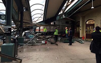 Aparece la caja negra del tren que se estrelló en Nueva Jersey que podrí...