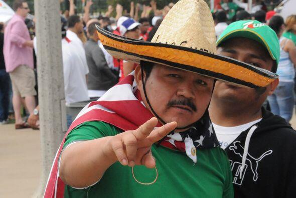 Y también un mexicano que no pudo ver a su equipo, pero fue fiel a sus c...