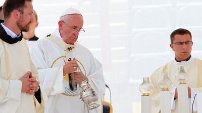 Papa Francisco pide un alto a la guerra
