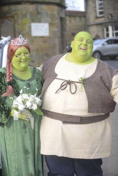 ¡Qué boda tan verde! y tan divertida, todo por una noble causa. ¿Te gust...