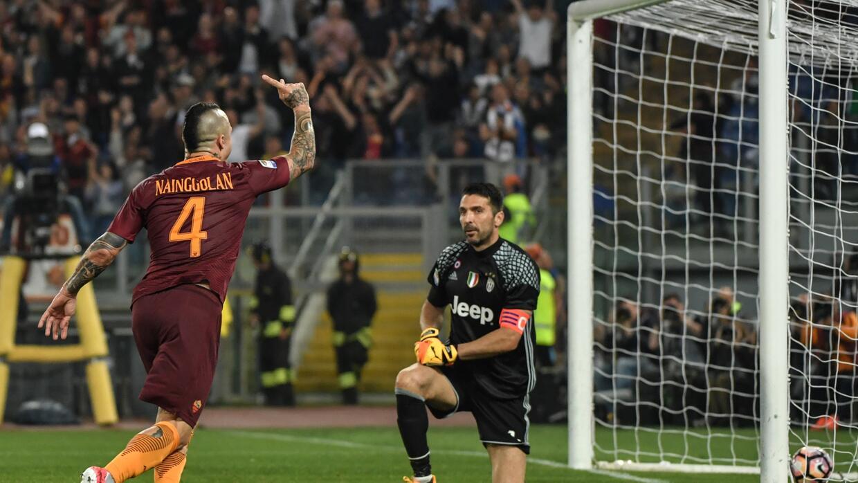 La Roma vence a la Juventus (3-1) y retrasa el alirón bianconero