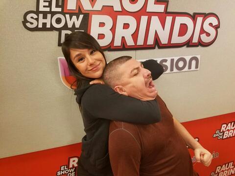 Alexa Grosso con El Show de Raúl Brindis