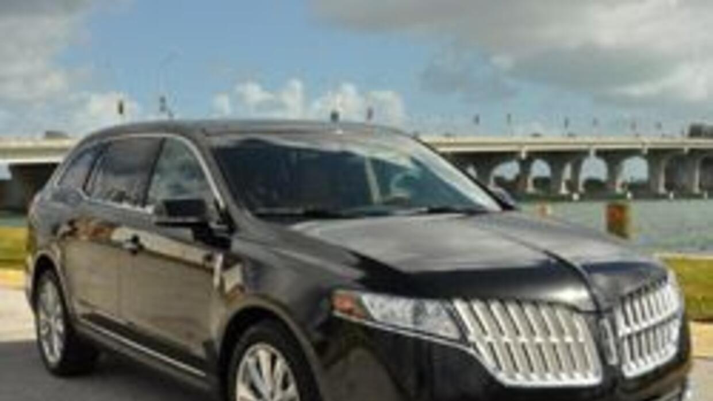 Lincoln MKT 2010: crossover de lujo con la última tecnología a precio ra...