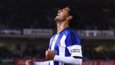 Carlos Vela anotó el tercer gol de la Real frente a Levante.