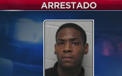 Arrestan a estudiante por publicar foto de una compañera desnuda