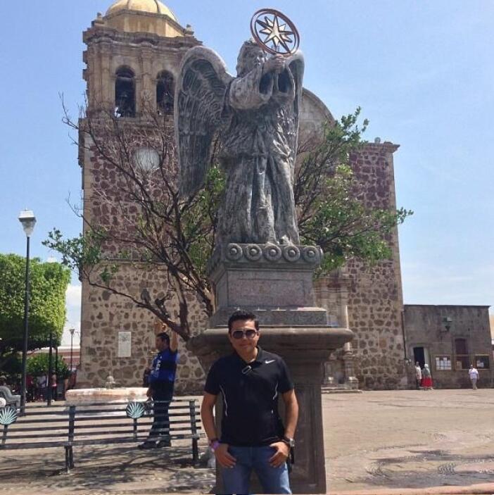 Y aquí otra vista de la Catedral...   Escucha El Show de Raúl Brindis po...
