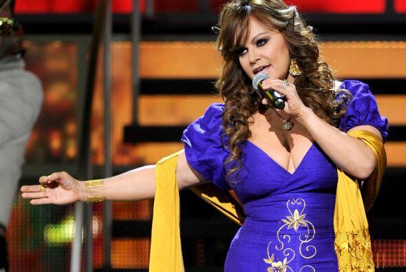 9 de diciembre. Jenni Rivera, 43 años de edad. Diva de la Música de band...