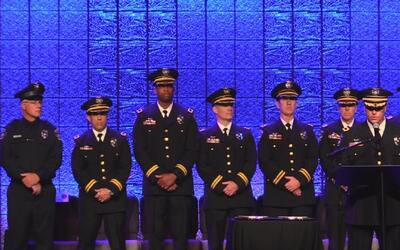 65 oficiales se unen al Departamento de Policía de Austin, pero aún no s...