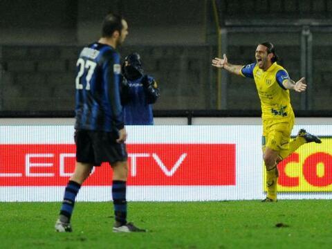 Los duelos dominicales de la Liga italiana tuvieron como choque protag&o...