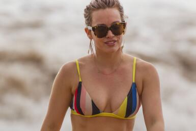 La famosa disfruta de un chapuzón en el mar de Maui.