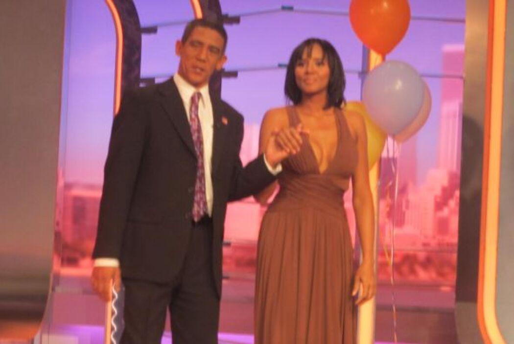 La pareja presidencial llegó vestida de gala.