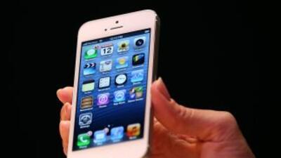 Esta decisión no le quita a Apple el derecho de comercializar sus aparat...