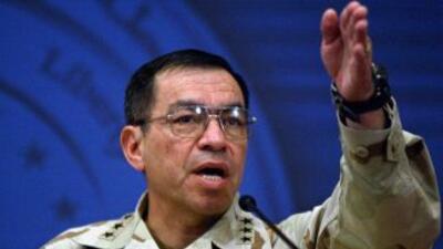 El general retirado Ricardo Sánchez.