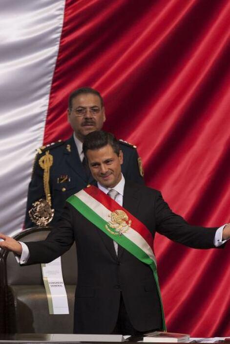 El presidente Enrique Peña Nieto, que iba a dar su Primer Informe de Gob...