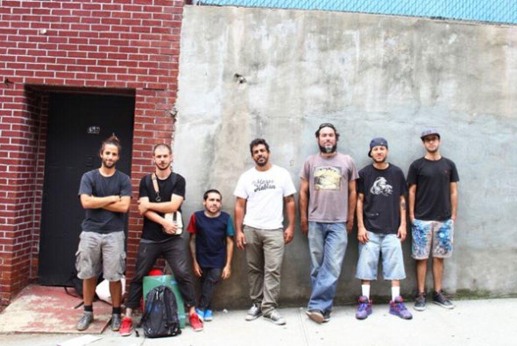 Un grupo de artistas plásticos puertorriqueños se unió a otros de España...