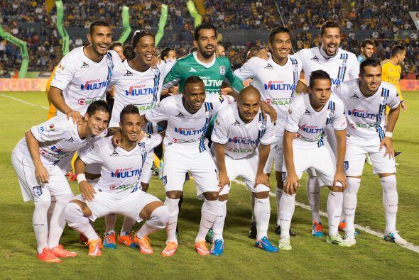 El décimo lugar es para los Gallos del Querétaro que gracias a Ronaldinh...