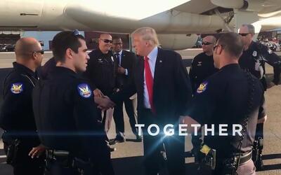 Esta es la imagen del candidato republicano Donald Trump saludando a los...