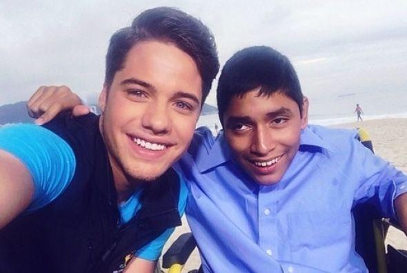 """""""Para que vean que los sueños sí se hacen realidad, Carlos soñó con veni..."""