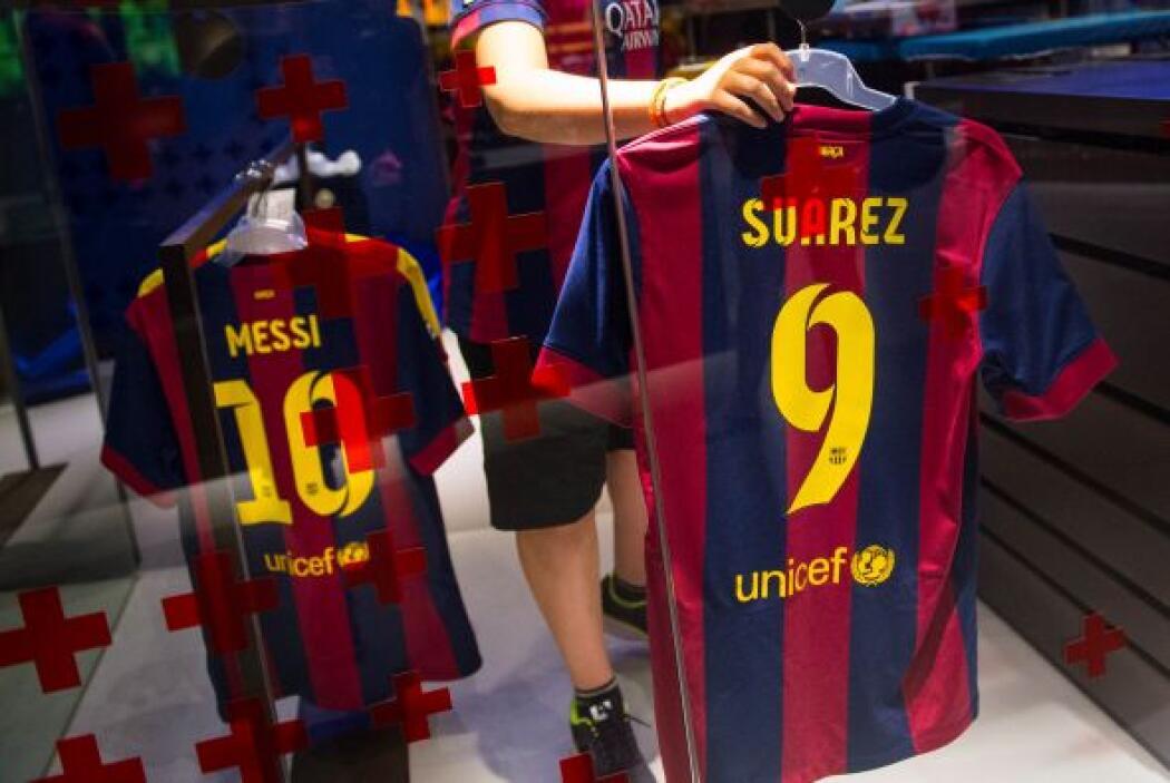 El segundo lugar de la lista lo ocupa el club de futbol español Barcelon...