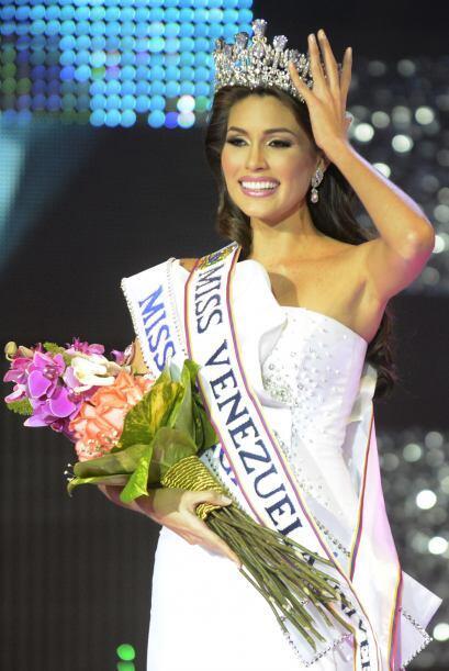 Desde que se coronó como Miss Venezuela, Gabriela se postuló como una de...