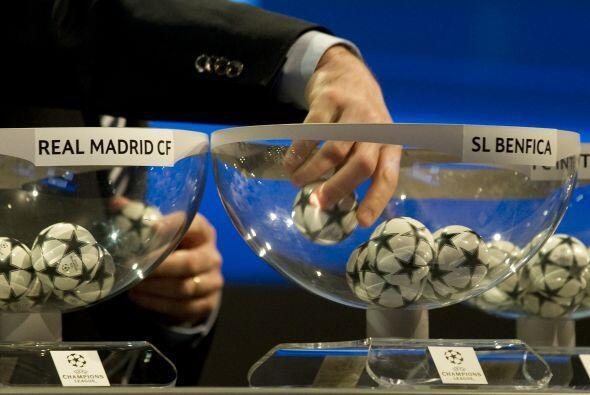 Los seis equipos restantes de la competición; Milan, Bayern M&uac...