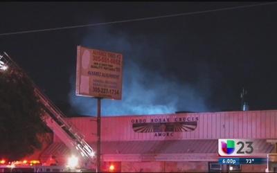 Fuego deja destruida cocina de La Bodega en Sweetwater