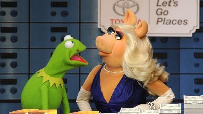 Miss Piggy y la rana Kermit se separan.